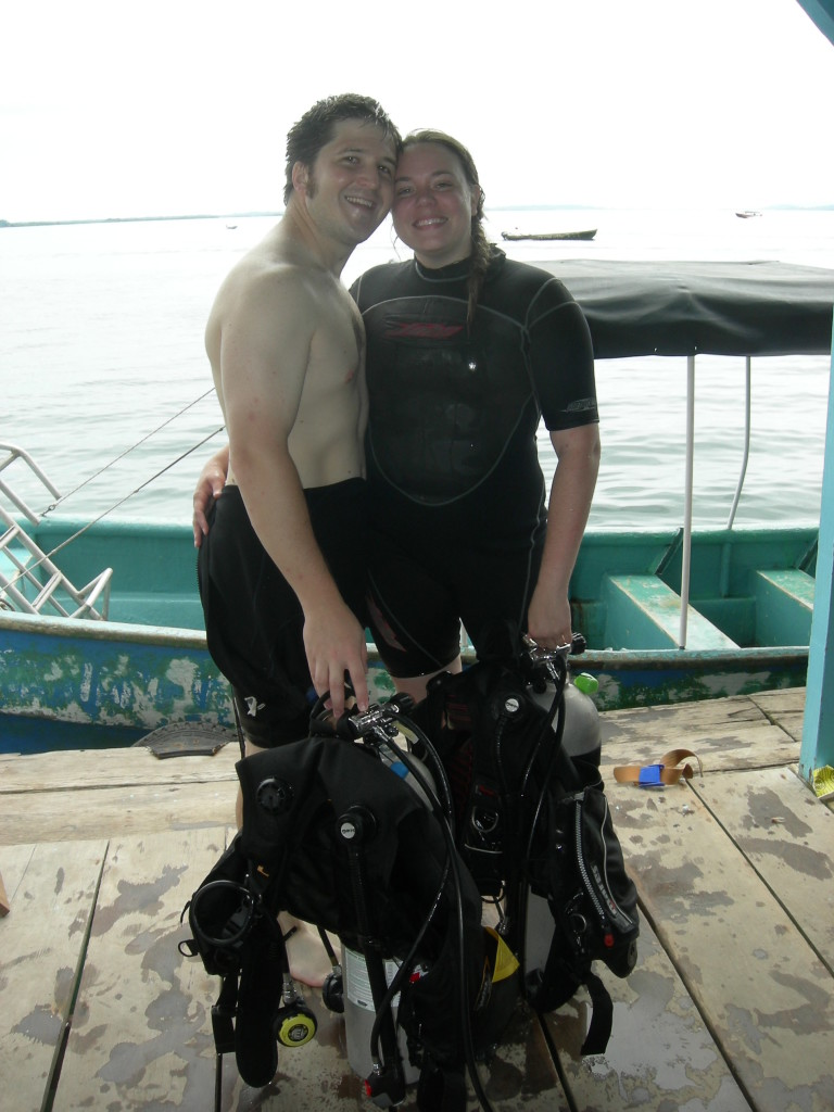 Carrie and Jonathan SCUBA certified in Panama